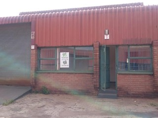 Mini factory for rent in Alrode South