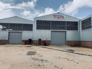 Warehouse / factory for rent in Nigel