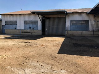Warehouse to let in Chamdor