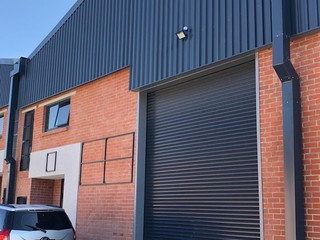 Warehouse for rent in Cradleview
