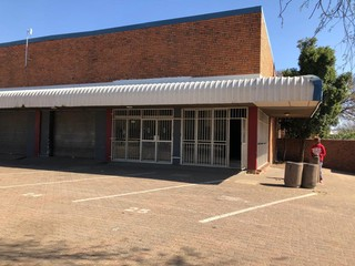 Retail space to let in Robertville