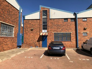 Mini warehouse to let in Robertville