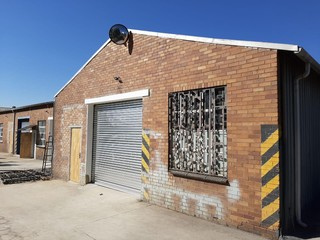 Mini warehouse available for rent