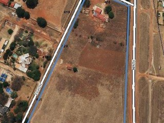 Agricultural holding available for sale in Bredell