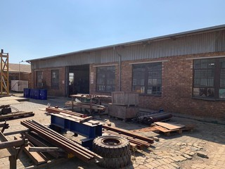 Industrial warehouse available for rent