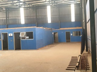 Warehouse to let in Isando
