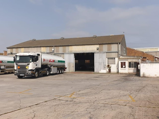 680m 178 Warehouse To Let In Montague Gardens Api Property