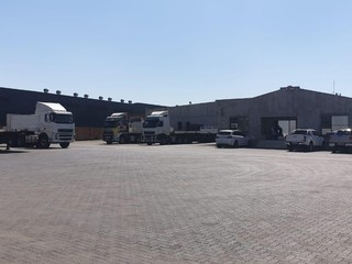 Truck yard available for rent in Brentwood Park