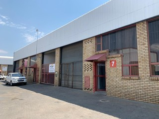 Mini warehouse to let, Jet Park