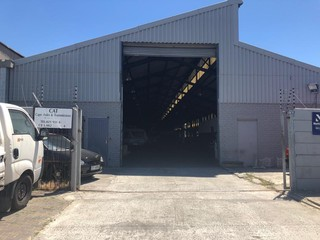 Industrial Warehouse To Let