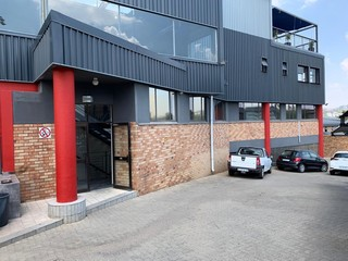 Offices to let in Wynberg