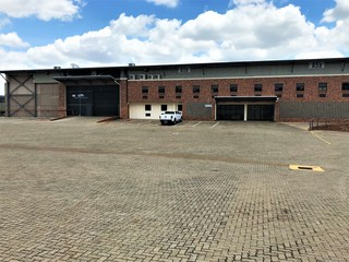 Warehouse to let in Akasia