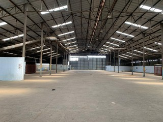 Workshops and land to let in Meyerton