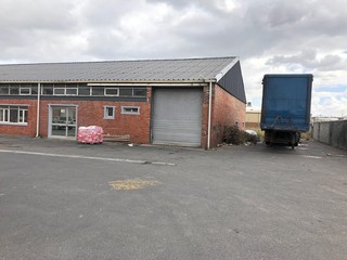 Warehouse to let Epping