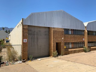 Warehouse to let in Wellington