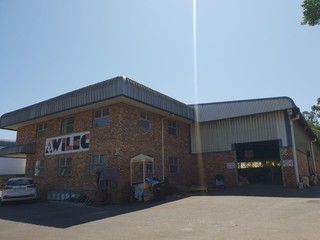 WAREHOUSE IN REDHILL TO LET